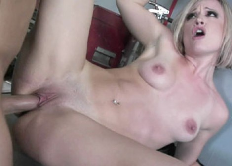 Blonde slut Jasmine fucks the mechanic